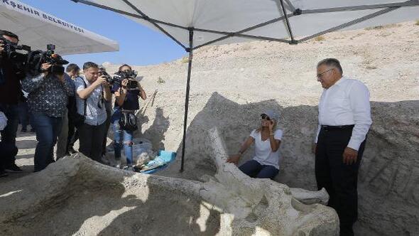 Başkan Büyükkılıçtan Taşhan kazıları açıklaması