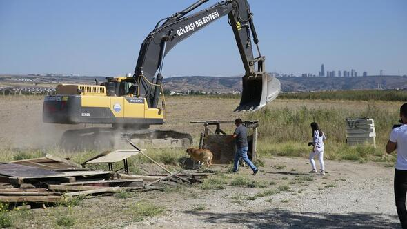Mogan kaçak yapılardan temizleniyor