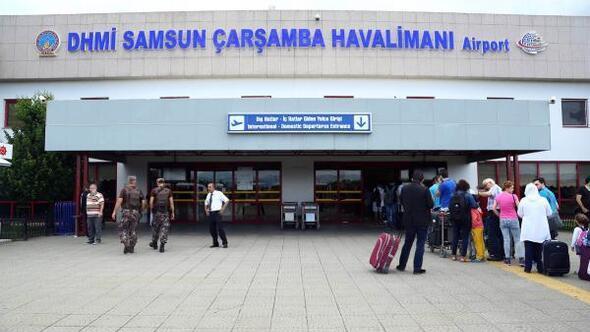 Samsun-Çarşamba Havalimanı'nda unutulan eşyalar satılıyor
