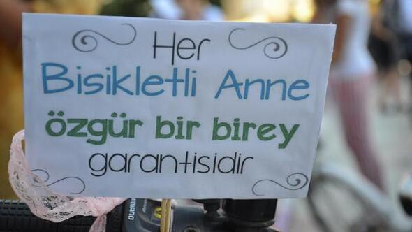 Nazillide süslü kadınlar bisiklet turu yapıldı
