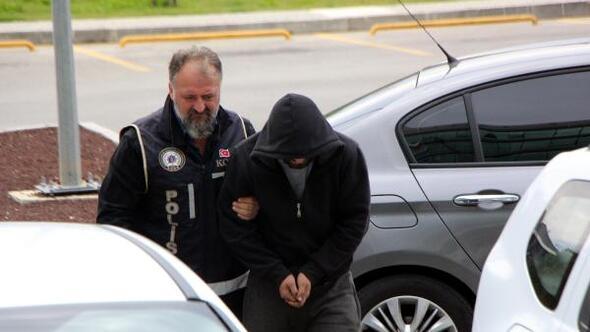 Uyuşturucu hap sattığı iddia edilen genç adliyede