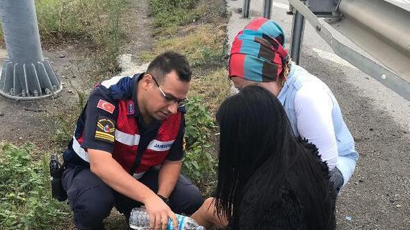 Samsunda köprüden atlamak isteyen kadını jandarma kurtardı