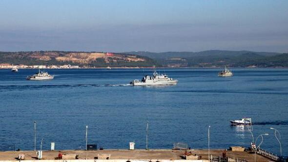 Tatbikat için gelen NATO gemileri, Çanakkale Boğazını hareketlendirdi