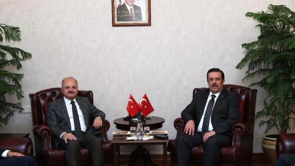 Emniyet Genel Müdür Yardımcısı Holoğlu, Vali Çakacak'ı ziyaret etti