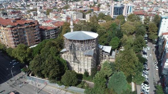 Mimar Sinanın eseri caminin restorasyonunun tamamlanmasını bekliyorlar