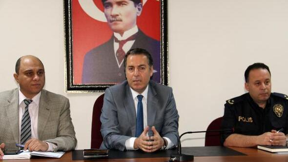 Dinarda Halk Günü toplantısı