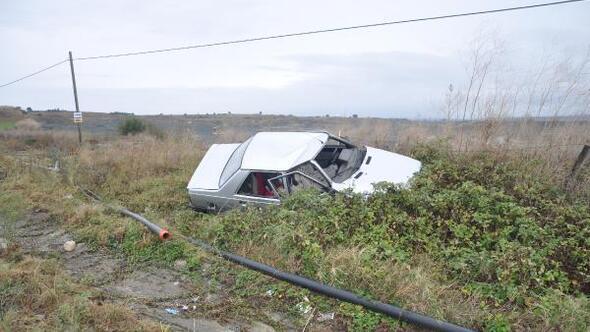 Malkarada iki otomobil çarpıştı: 2 yaralı
