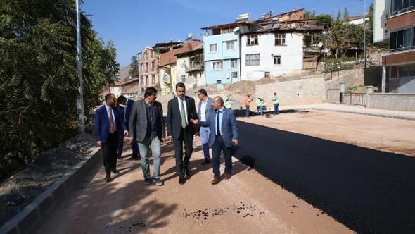 Başkan Eroğlu, yol genişletme çalışmalarını inceledi