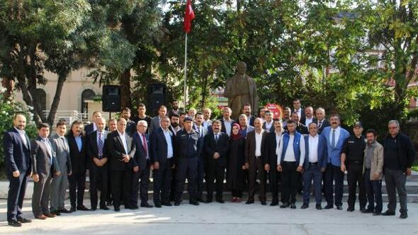 Dinarda Muhtarlar Günü kutlandı