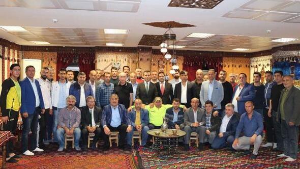 Adıyaman'da amatör futbol spor kulüp başkanları bir araya geldi