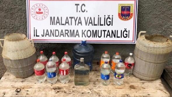 Malatyada bin litre sahte içkiye 2 gözaltı