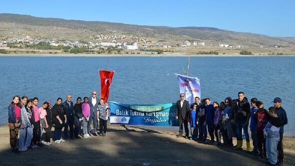 Gölovada balık tutma yarışması düzenlendi