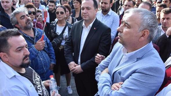 Haczedilen hastanenin çalışanları, icra memurlarını içeri sokmayınca arbede çıktı