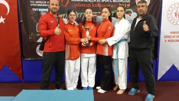 Bağlar, Karate Turnuvasında 3üncü