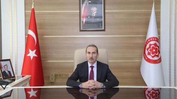 CÜ Rektörü Yıldızdan Cumhuriyet Bayramı mesajı