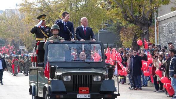 Erzurumda Cumhuriyet Bayramı coşkusu
