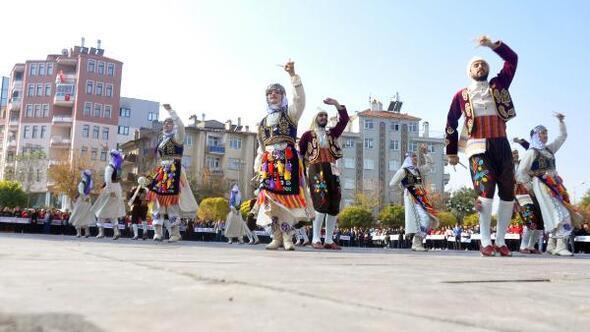 Karamanda Cumhuriyet Bayramı coşkuyla kutlandı