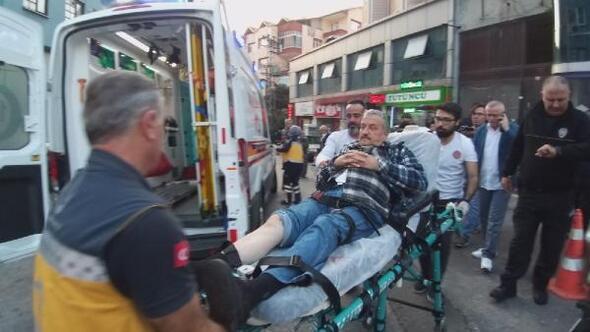 Bacaklarından vuruldu, sandalyede oturup, sağlık ekibini bekledi
