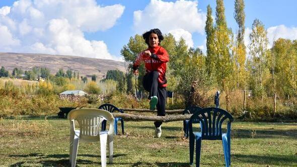 Derya, Avrupa Şampiyonasına köyünde hazırlanıyor
