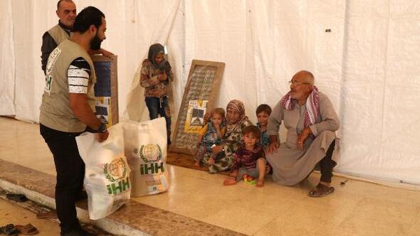 Suriyeli sivillere temizlik paketi yardımı