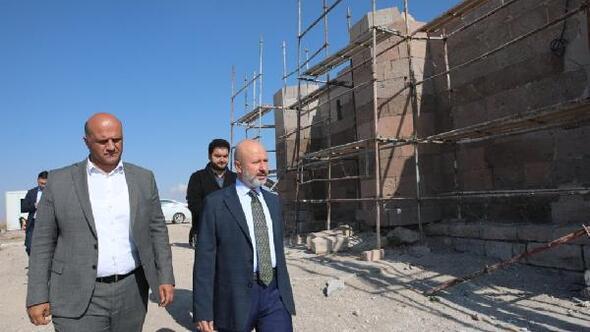 Başkan Çolakbayrakdar: Tarihi yapıları işlevsel hale getiriyoruz