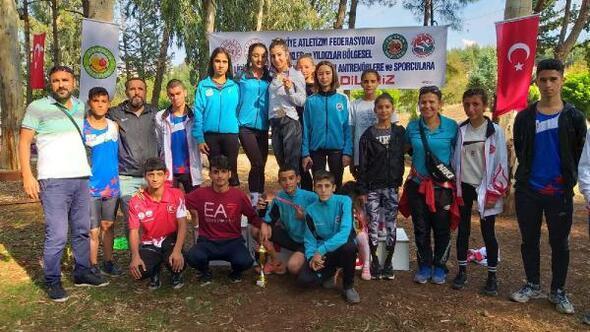 Osmaniyeli atletler 2 kupa 3 madalya kazandı