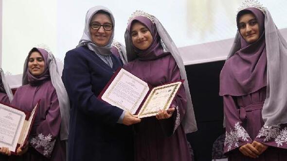 Çanakkalede Hafızlık Kız Kuran Kursunda ilk icazet töreni