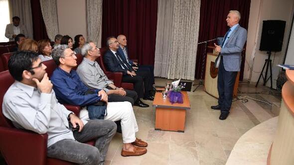 Tarsus'ta gönüllü turizm rehberleri yetişiyor