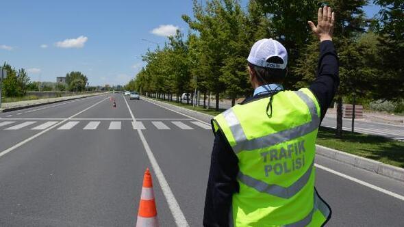 Niğdede 1 ayda 1 milyon 665 bin TL trafik cezası kesildi