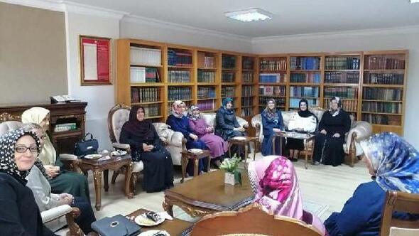 Osmaniyede, Huzur Dersleri eğitimi