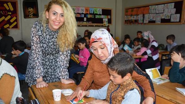 Veliler Birlikte Daha Güçlüyüz projesi ile eğitime dahil ediliyor