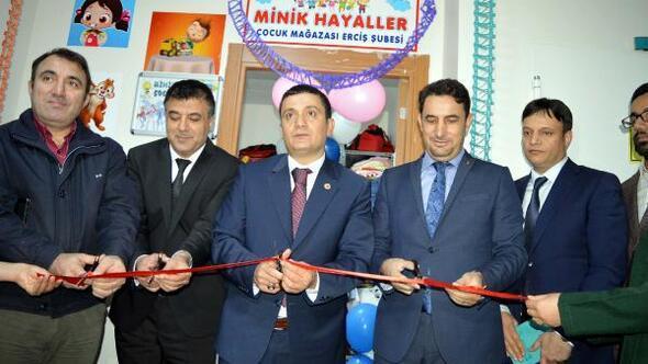 Ercişte Minik Hayaller Çocuk Mağazası açıldı