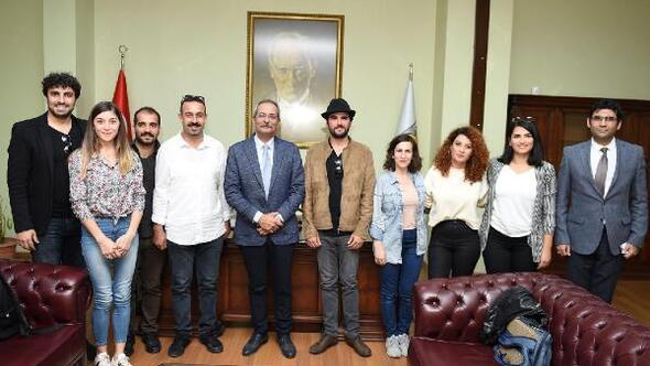 Tarsus Şehir Tiyatrosu kuruldu