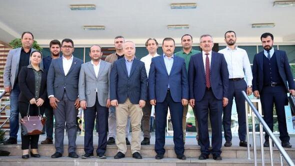 AK Partili Özden Aputkana ziyaret