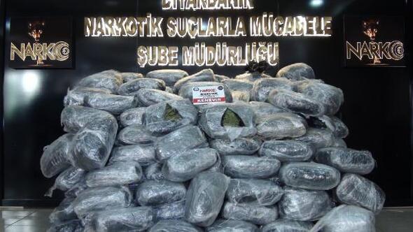 Diyarbakırda 489 kilo esrar ele geçirildi