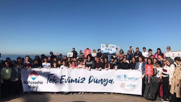 Rizede, Bahçeşehir Kolejinden kıyı temizliği etkinliği