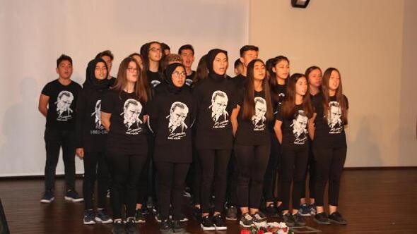 Atatürk, Kulada anıldı