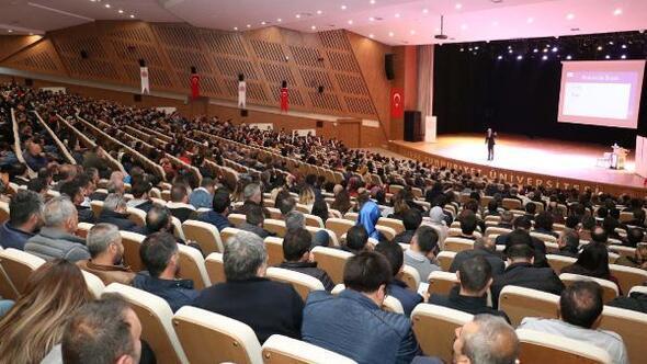 Sivasta etkili iletişim, liderlik ve protokol semineri