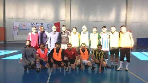 Hisarcık'ta Öğretmenler günü futsal turnuvası