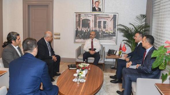 TÜYAP Adana Bölge Müdürü Gökmenden Vali Demirtaş'a ziyaret