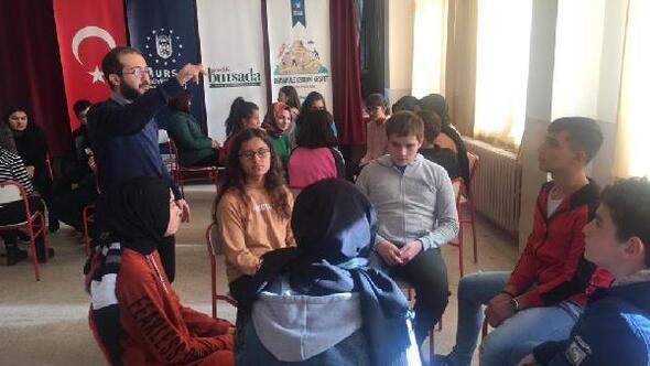 Bursada Drama ile Kendini Keşfet seminerleri başladı
