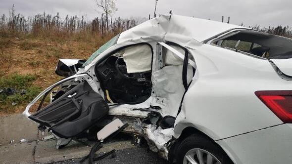 Sultanbeylide emniyet şeridinde kaza: 1 ölü