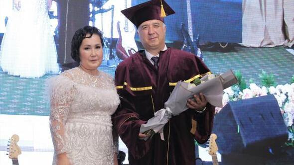 ÖHÜ Rektörü Prof. Dr. Muhsin Kar'a Kazakistan'dan Fahri Profesörlük unvanı