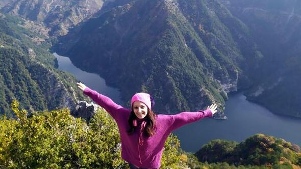 Bereket Tepe'de doğa yürüyüşü
