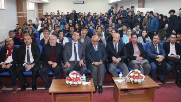 Kayseri Üniversitesi'nde Yeni Medya söyleşisi