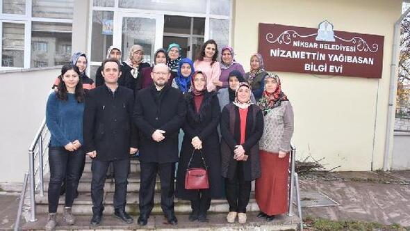 Başkan Özcan, kursiyerleri ziyaret etti
