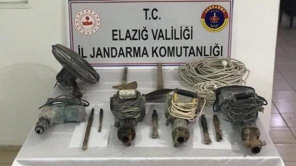 Yerin 35 metre altında kaçak kazı yaparken yakalandılar