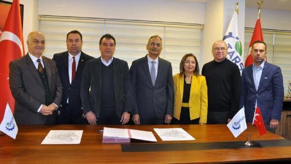 Tarsus Organize Sanayi Bölgesi Müdürlüğü'nde imza töreni