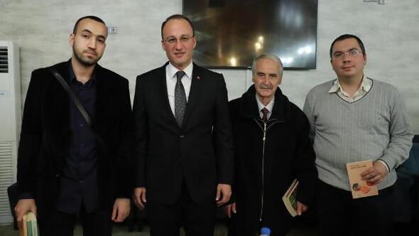 Pamukkale Belediyesinden kitap kurtlarına ödül