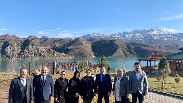 AK Parti Kadın Kollarından Tunceliye ziyaret